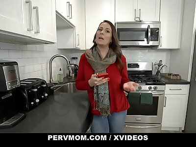PervMom - Honcho Mature Aunt Rides Her Step Nephew