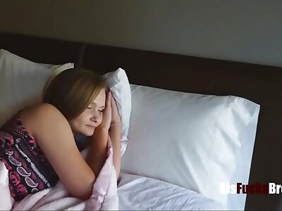 Sister Can't Sleep In the balance Fellow-countryman Fucks Her- Paisley Brooks