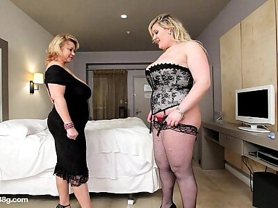BBW Cougar Dildos Sexy Buxom Busty Cosset in Hotel Room